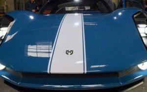 Renner évoque l'univers de la Porsche 904.