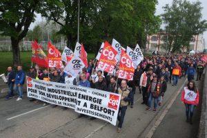 Image symbolique. On dénonce les suppressions d'emplois. On accompagne le savoir-faire belfortain. Les salariés en sont fiers.