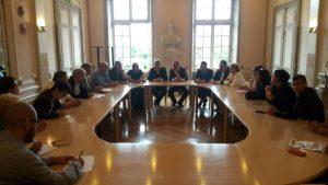 Samedi matin, l'intersyndicale de l'entité turbines à gaz de General Electric a organisé une réunion avec différents groupes politiques, dont l'ancien ministre Jean-Luc Mélenchon.