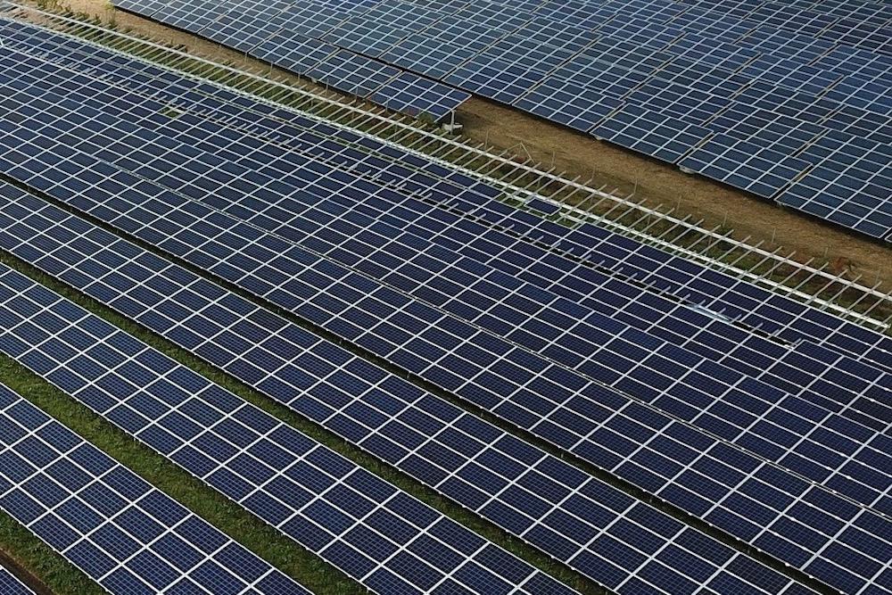 photovoltaic-4525178_1920