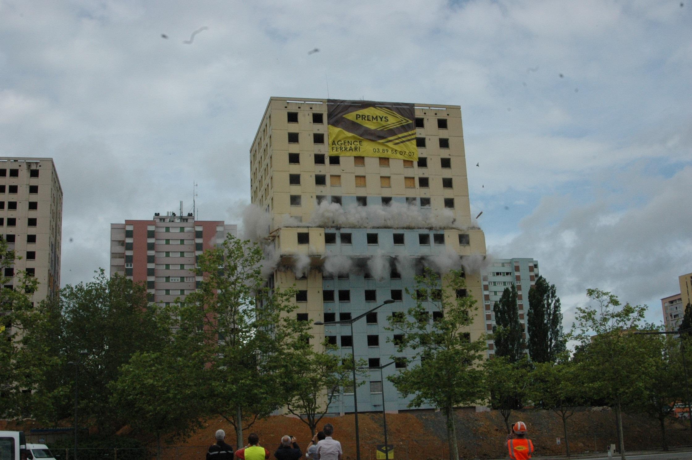 Destruction tour Résidences Belfort