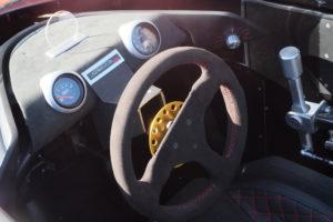 Saetta R puise ses racines dans les barquettes, voitures mythiques des courses italiennes des années 1970.