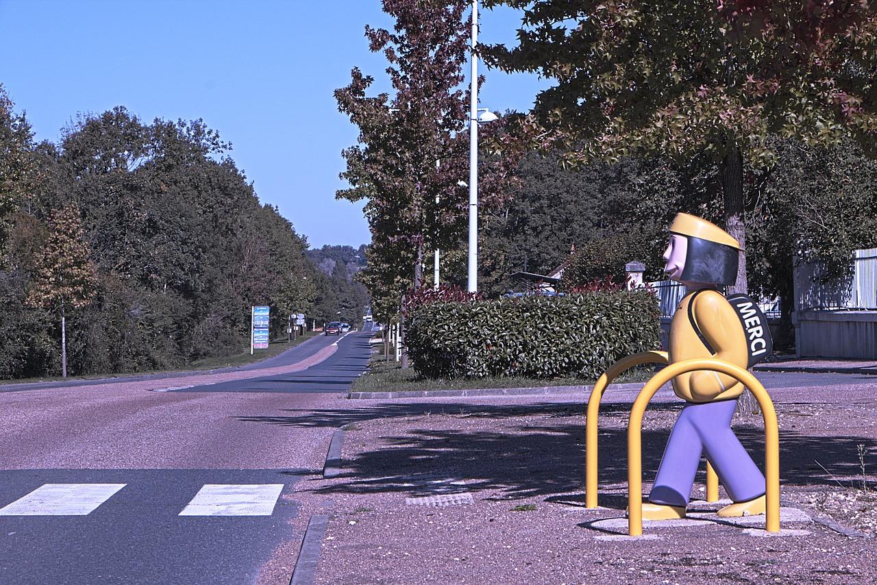 crosswalk-966851_1280