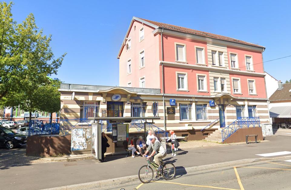 Cinq Bureaux De Poste Ouverts Dans Le Nord Franche Comte Le Trois