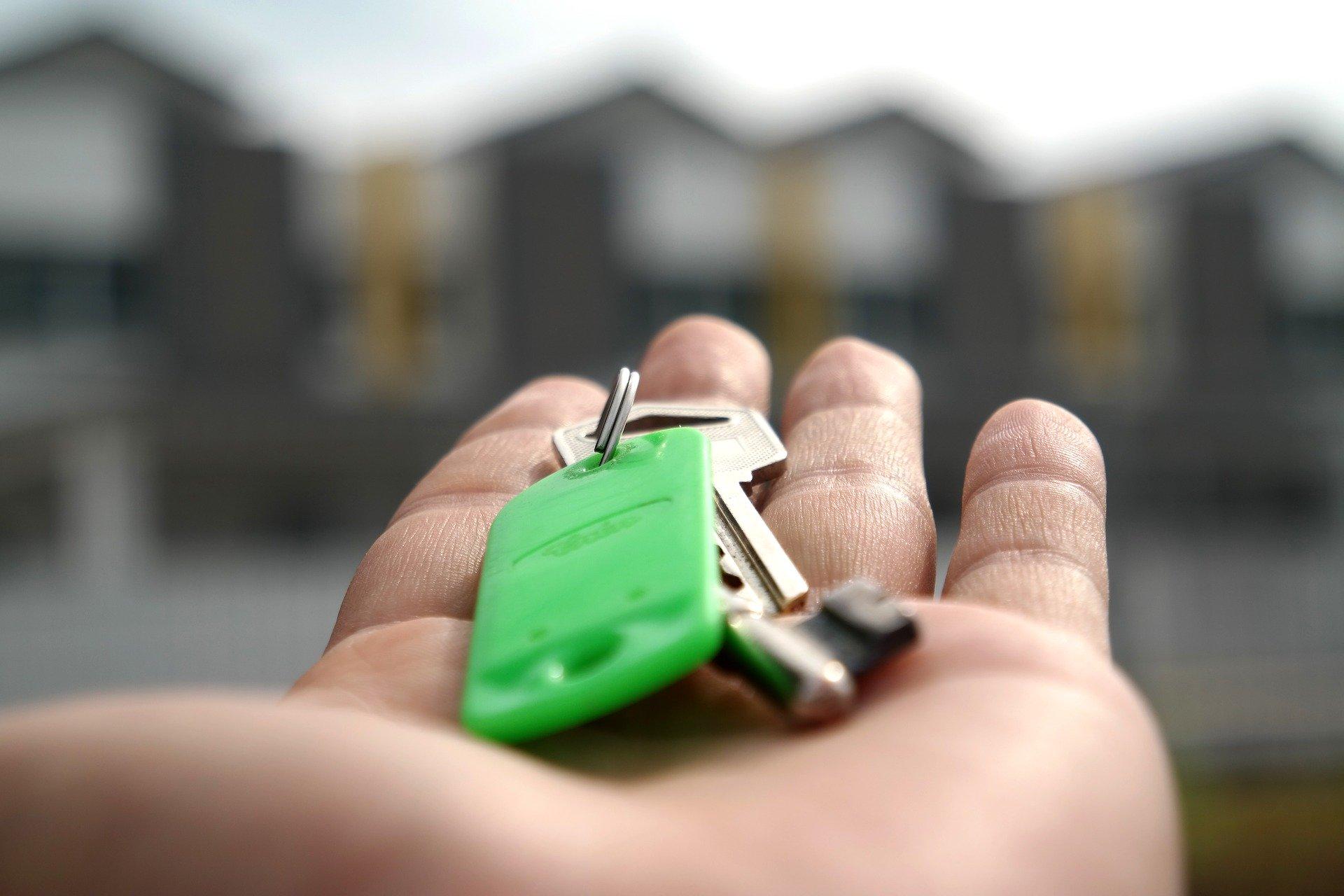 Le report de loyer pour une entreprise repose sur un accord amiable entre propriétaire et locataire.