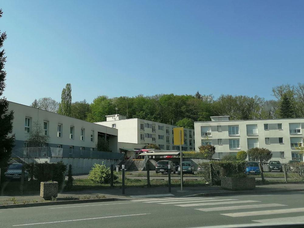 L'administration provisoire est prolongée jusqu'au 6 août à l'Ehpad de la Rosemontoise