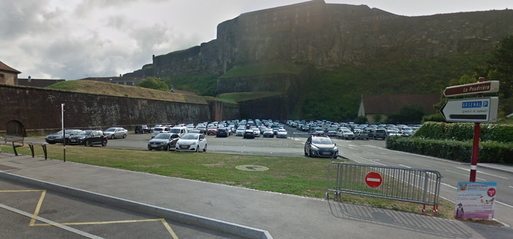 Stationnement Belfort vendredi saint Alsaciens