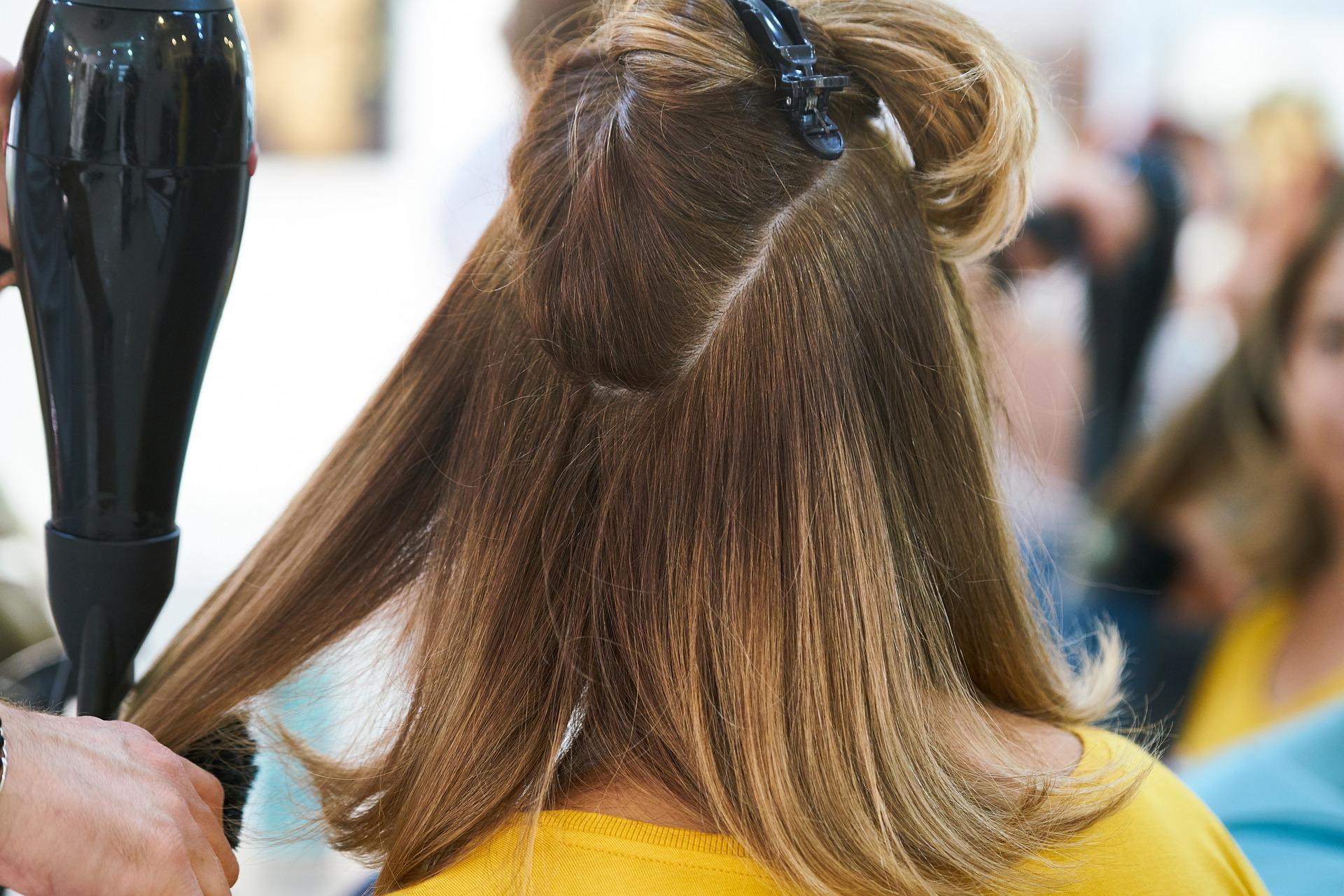Les salons de coiffure sont parmi les premiers à solliciter le fonds d'action sociale pour faire face à la crise du coronavirus.