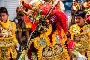 Costumes traditionnels boliviens (©Yolanda – Pixabay)