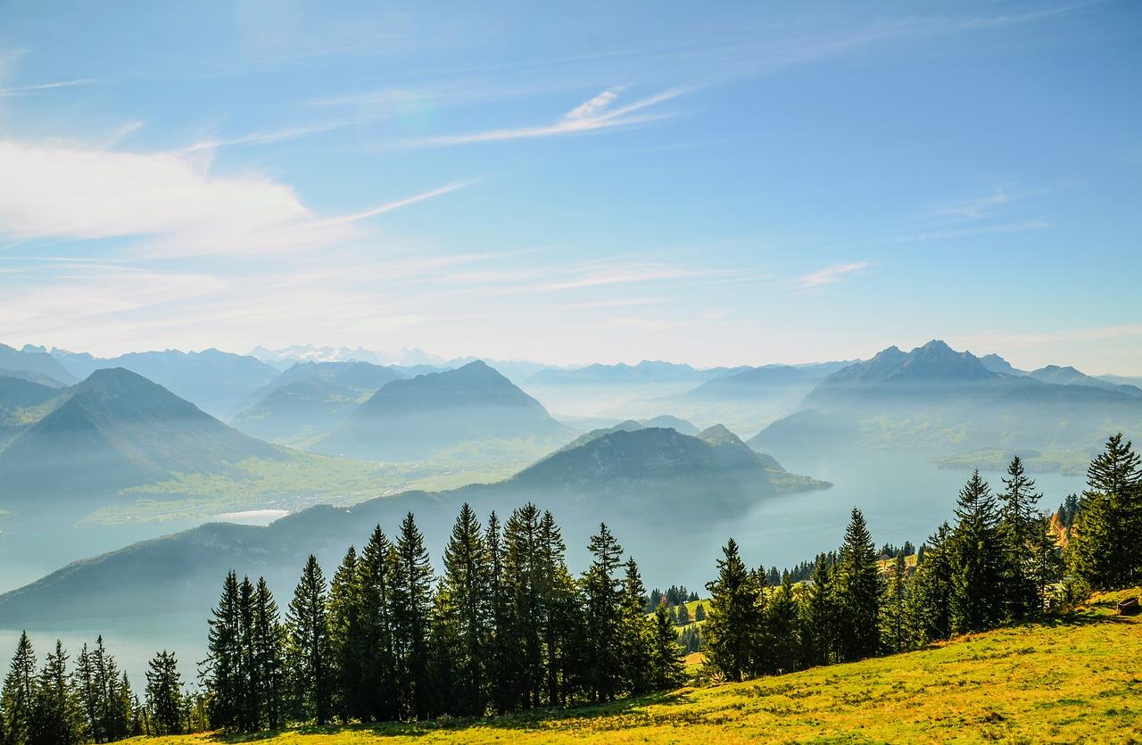 L'Illuminé, journal des lycéens du Condorcet, propose une nouvelle rubrique Evasion, sur les Alpes.