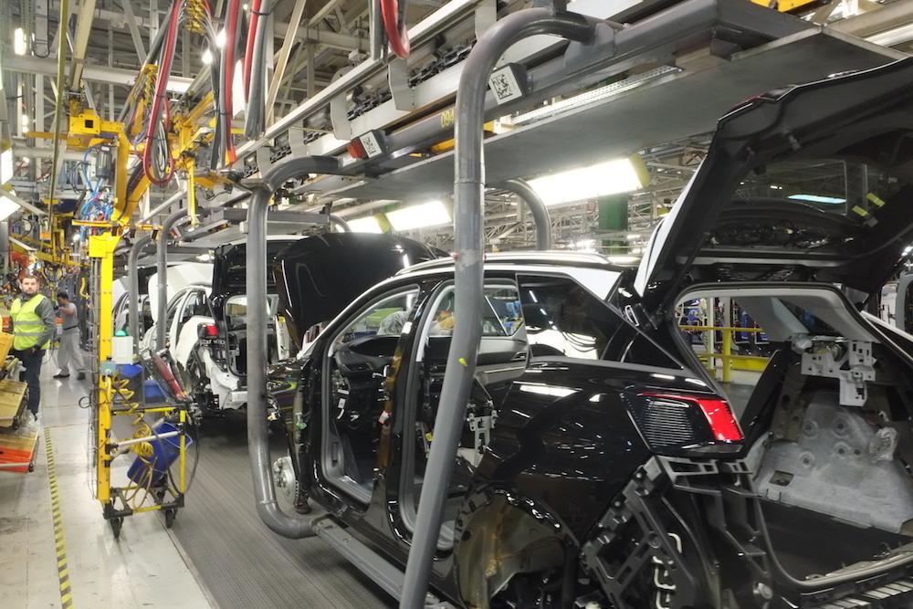 La production des 3008, 5008 et Grandland X repart le 25 mai, à PSA Sochaux.