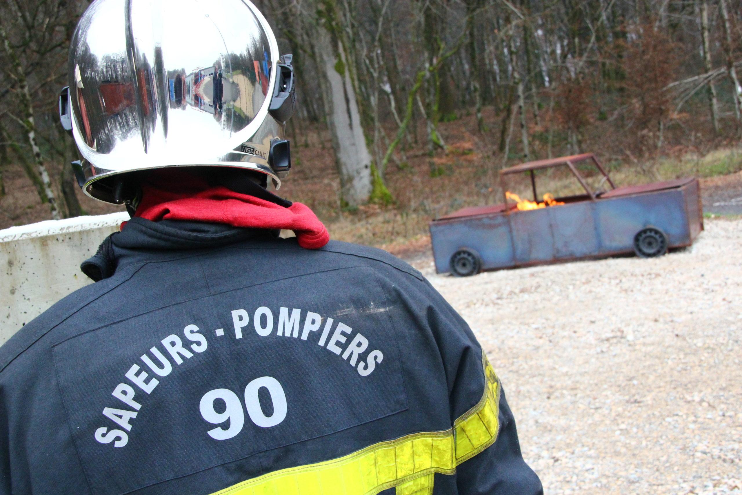 Le député Ian Boucard demande au Gouvernement d'assumer la prime des pompiers.