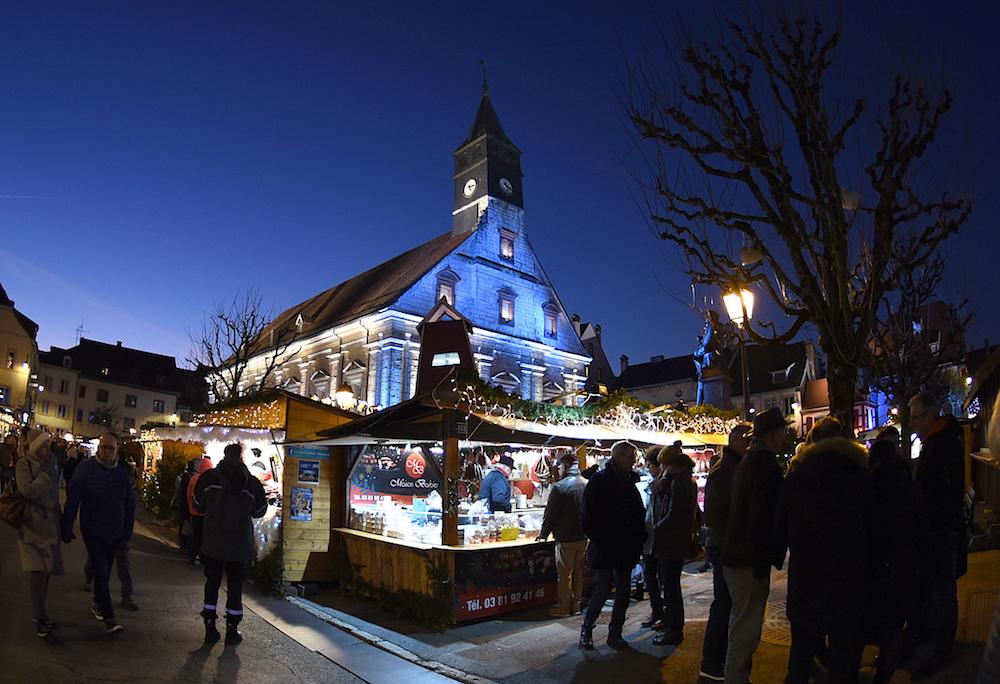 La 34e édition des Lumières de Noël de Montbéliard met à l'honneur le pays comtois.