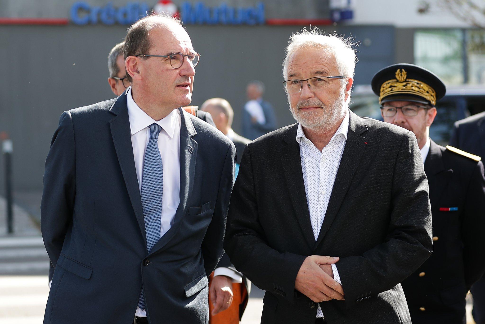 """Une semaine après sa prise de fonction à Matignon, Jean Castex a voulu peaufiner sa stature d'homme à poigne en se rendant vendredi à Dijon, théâtre d'affrontements il y a un mois, où il a délivré des messages de """"grande fermeté""""."""