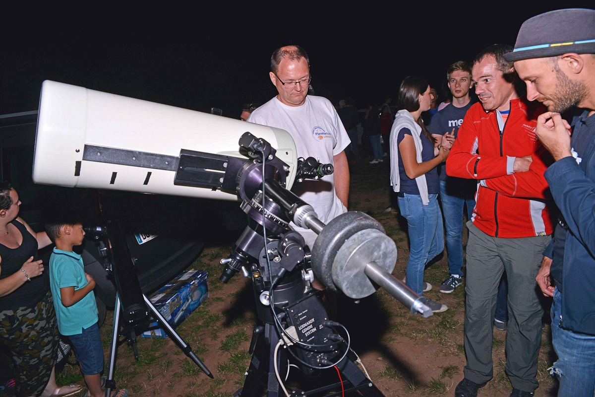 Les participants seront guidés par des bénévoles du club d'astronomie de Belfort, le Cerap.