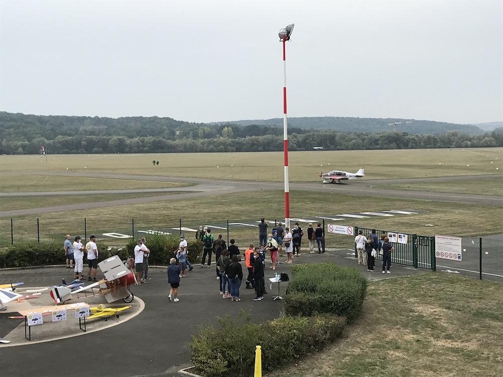 Les acteurs de l'aérodrome de Montbéliard ont organisé des baptêmes de l'air pour remercier les soignants de l'hôpital Nord-Franche-Comté.