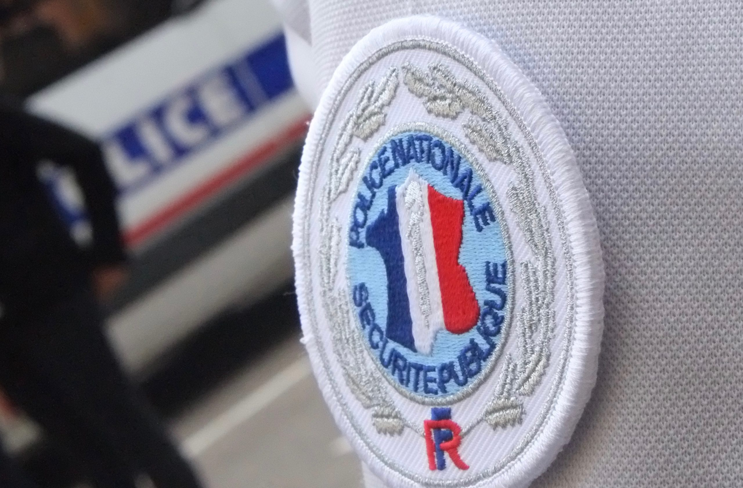 Police 7 (TQ)