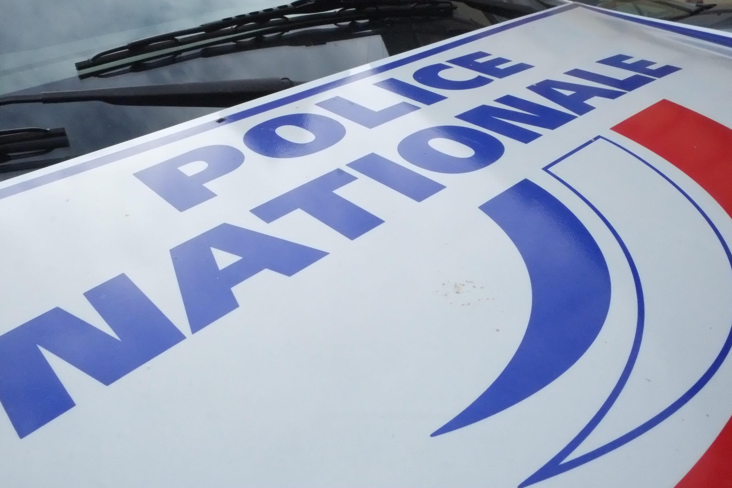 Un jeune homme de 23 ans a été mis en examen et écroué jeudi à Besançon après avoir vendu de l'héroïne particulièrement pure à une femme de 48 ans décédée d'une overdose, a annoncé lundi le procureur de Besançon.