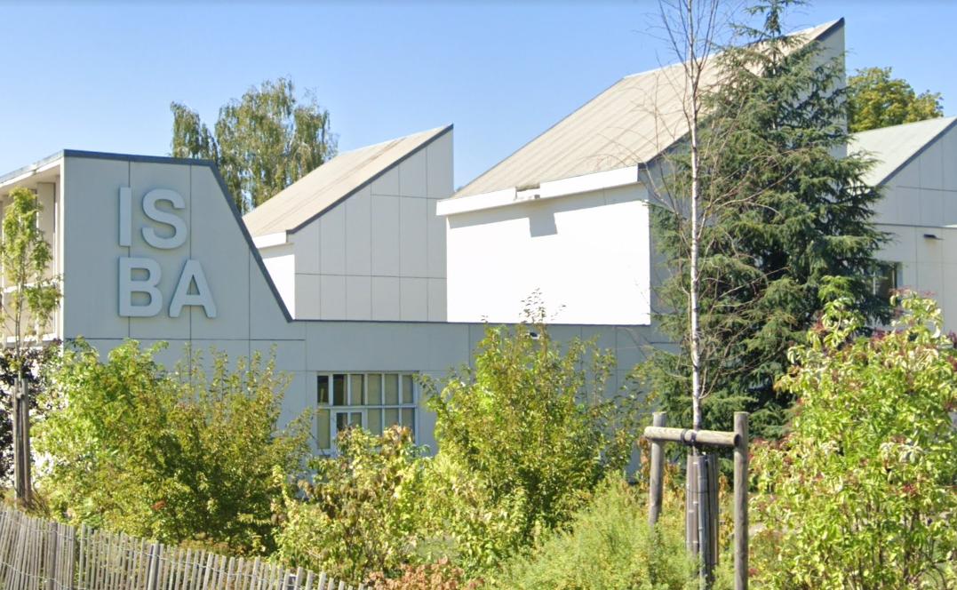 Le procureur de la République de Besançon a lancé un appel à témoins jeudi après de nouvelles dénonciations d'abus sexuels au sein de l'école des Beaux-Arts de Besançon,