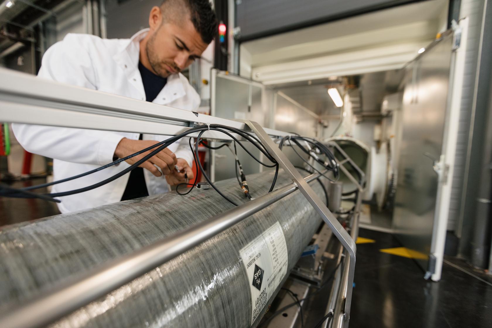 Faurecia a inauguré son centre d'expertise mondial dédié aux systèmes de stockage à hydrogène à Bavans.