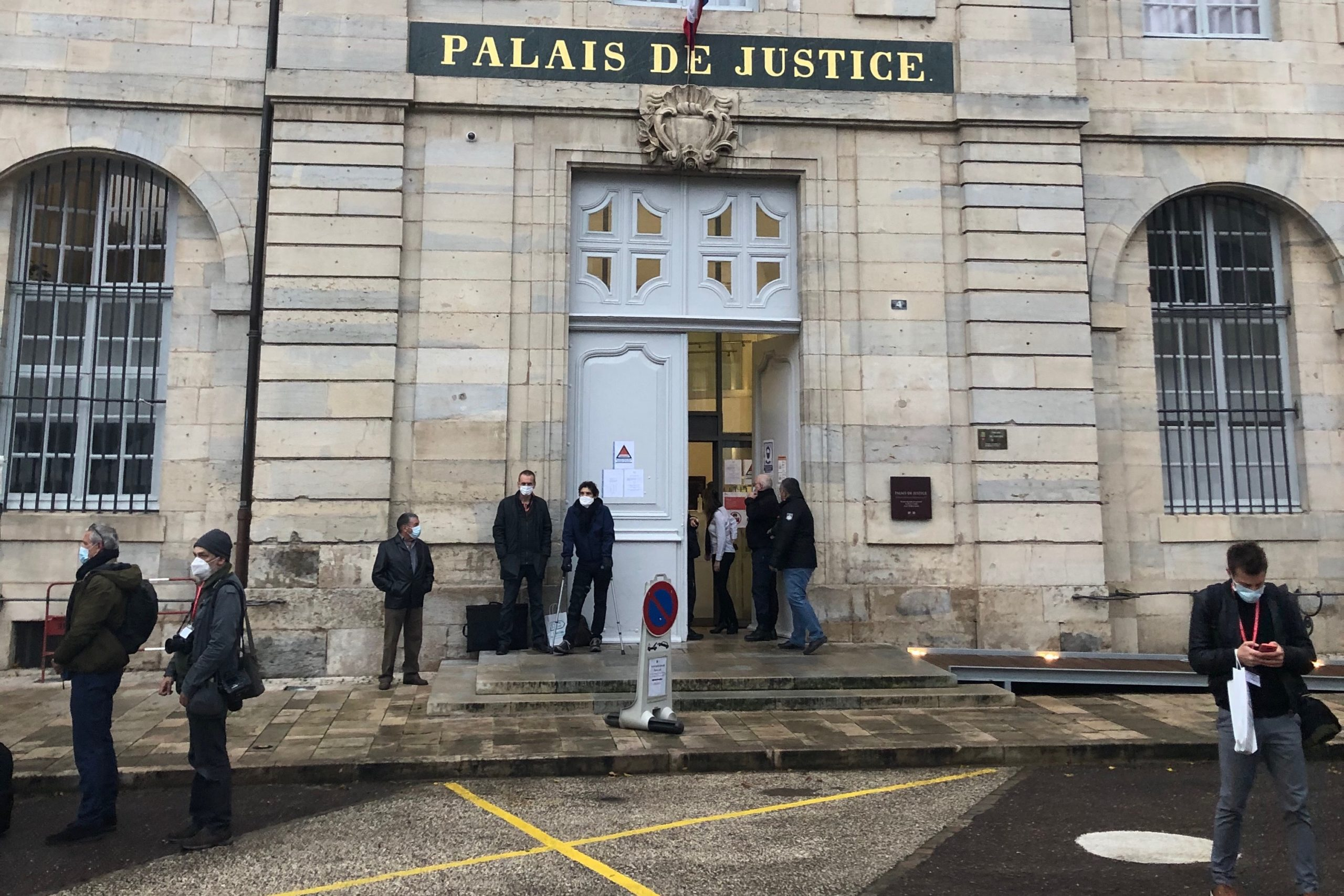 Le procès de Jonathann Daval s'est ouvert ce lundi 16 novembre devant la cour d'assise de Haute-Saône, à Vesoul.