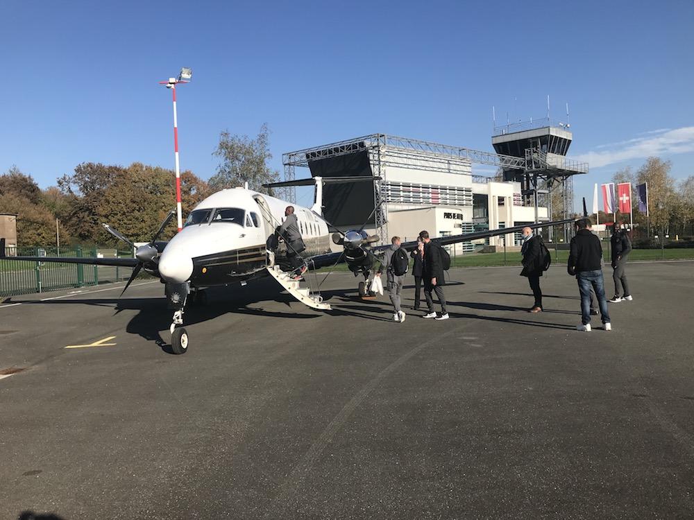 Les joueurs du FC Sochaux-Montbéliard décollent de l'aérodrome du pays de Montbéliard le 31 octobre pour jouer à Guingamp.