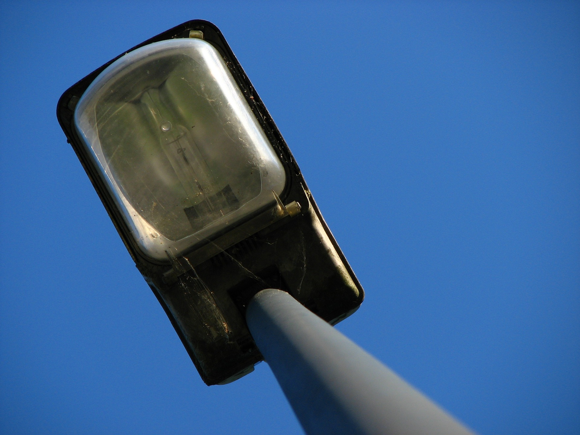Hérimoncourt teste la coupure des éclairages. Image par Thomas B. de Pixabay