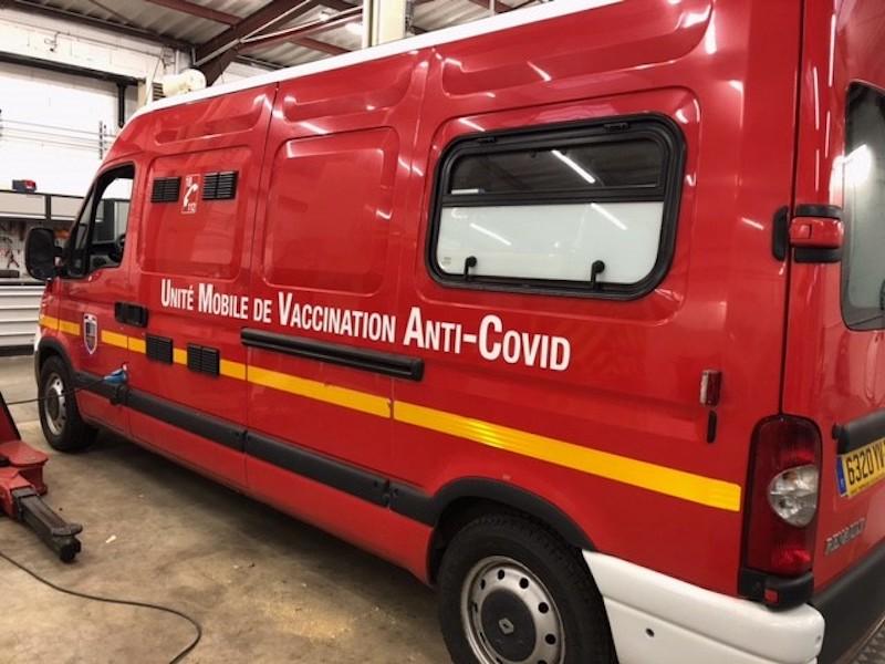 Le Sdis du Doubs a mis en place une unité mobile de vaccination anti covid-19 pour aller à la rencontre des sapeurs-pompiers, en particulier volontaires.