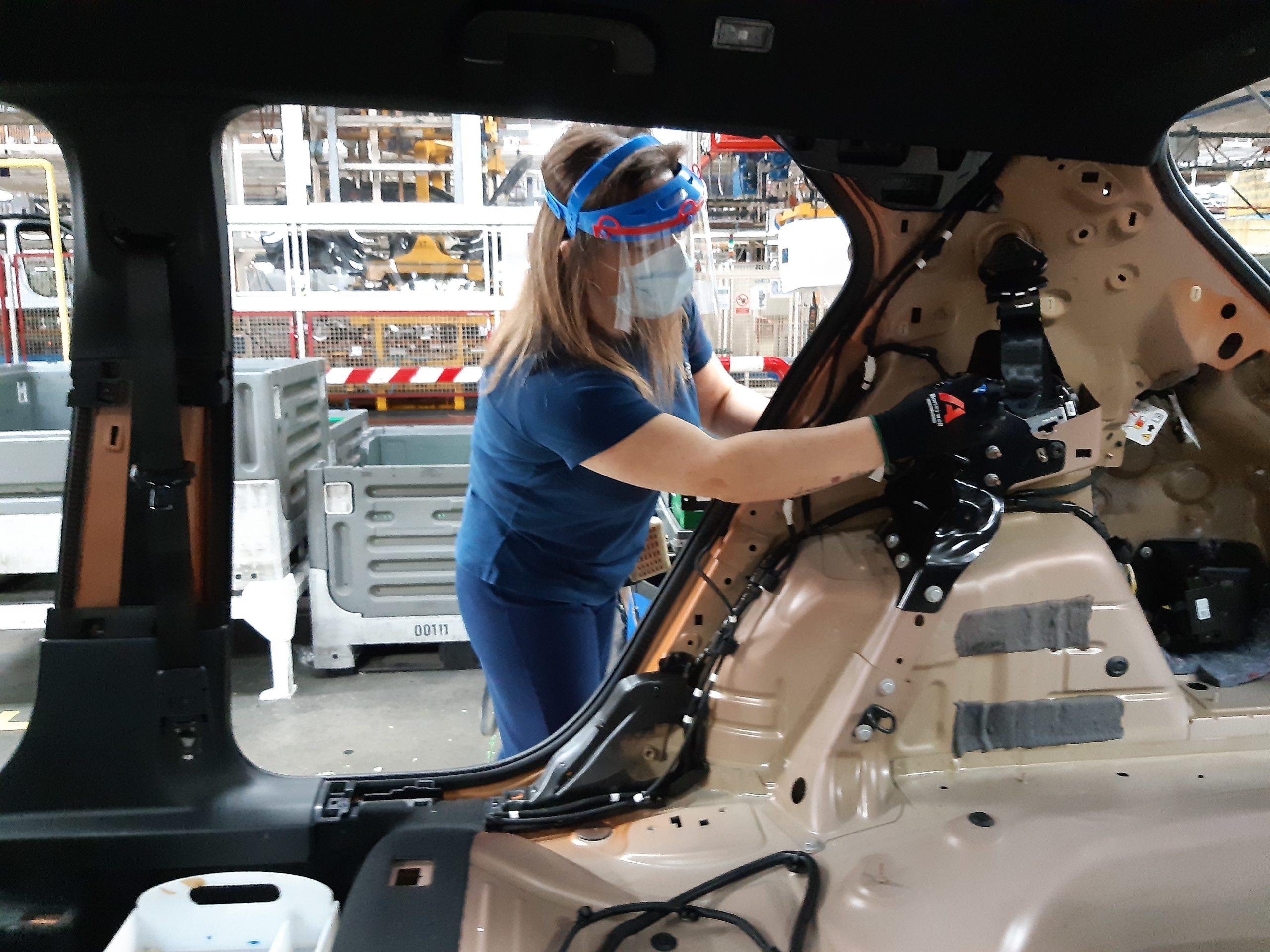 Les séances du 8 février sont maintenues à Sochaux, à l'usine Stellantis (Ex-PSA), malgré la pénurie de semi-conducteurs.