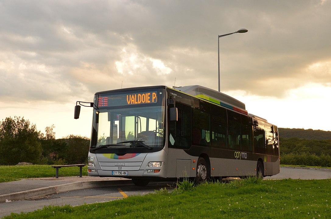 Bus Optymo (CC BY-SA 4.0–Florian Fèvre).