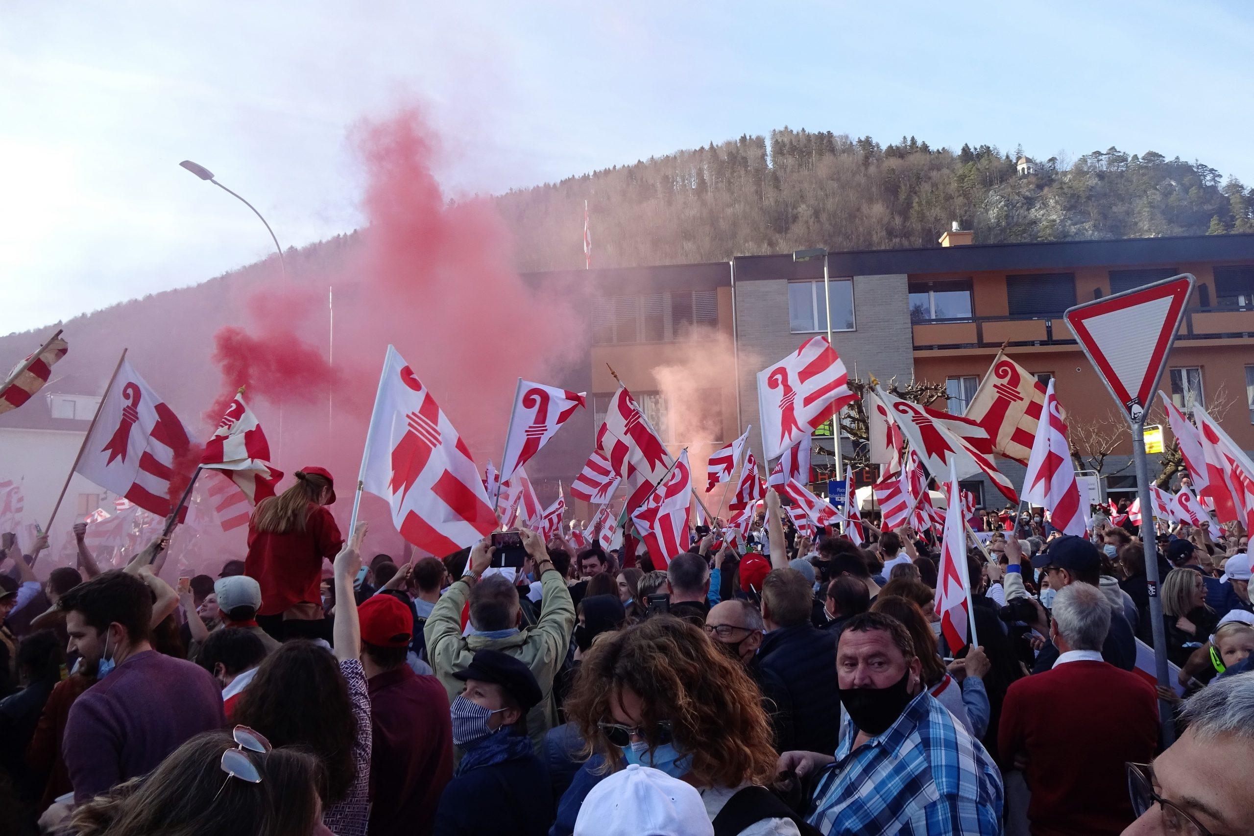 Les habitants de Moutier ont approvué leur rattachement à la République et Canton du Jura.