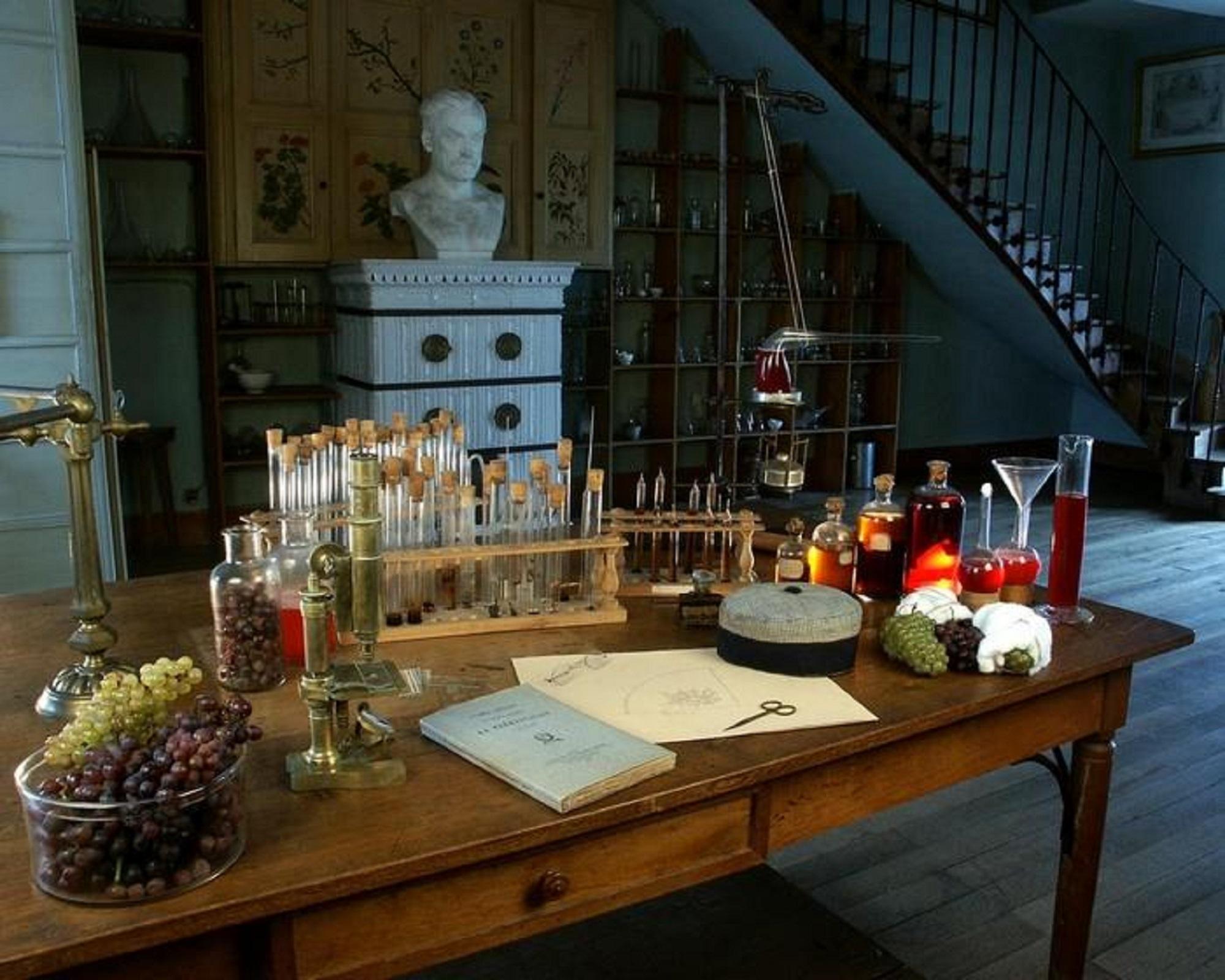 """La laboratoire de la maison de Louis Pasteur, où il a mené des expériences sur le vin. (crédit """"maison de Louis Pasteur Arbois """")"""