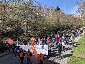 300 salariés de General Electric Steam Power ont manifesté à Belfort contre le plan social, qui menace des centaines de postes.