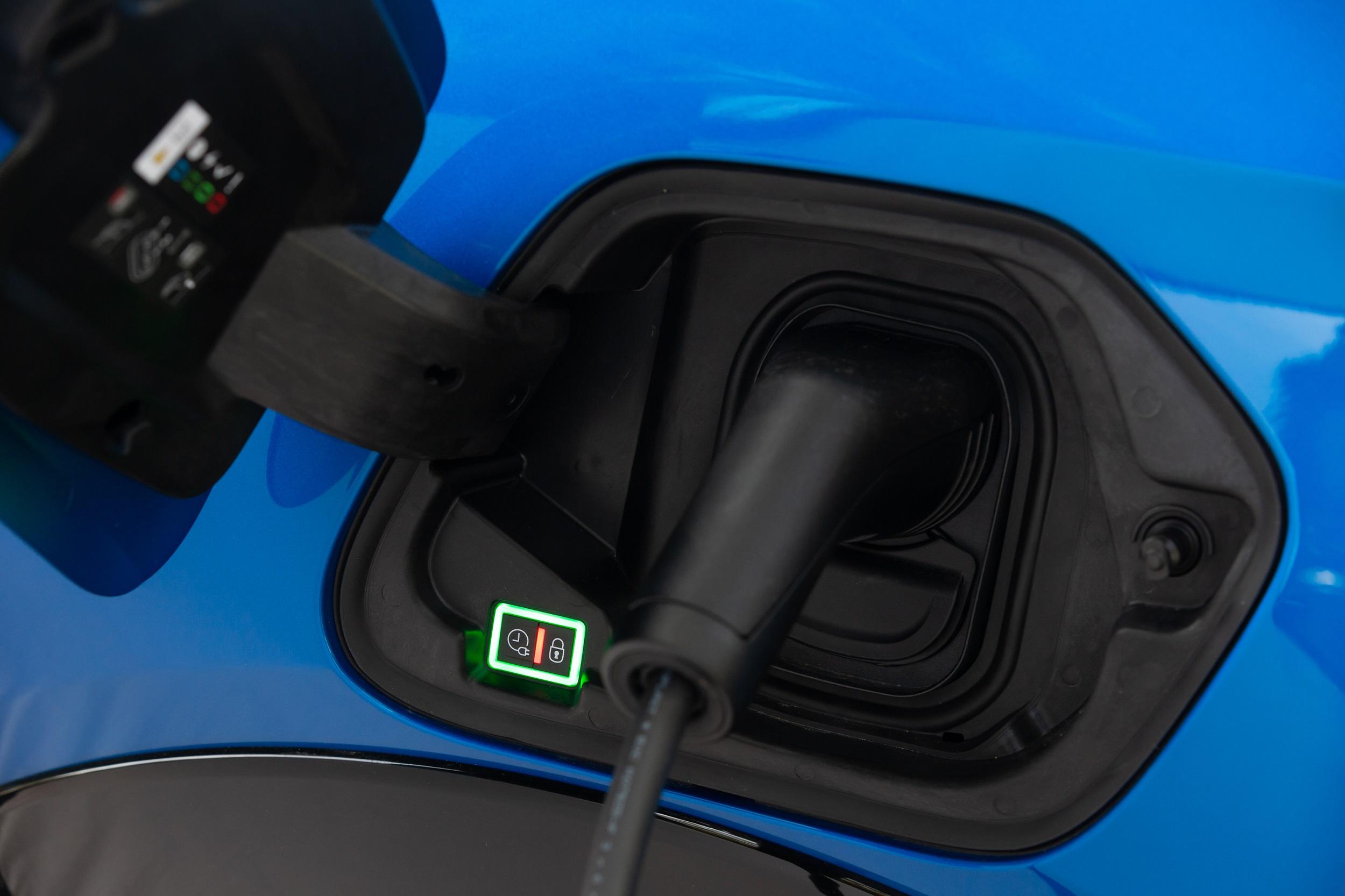 Stellantis veut porter ses ventes de véhicules électriques et hybrides de 14% aujourd'hui à 70% en 2030. (Photo Peugeot Media Center)