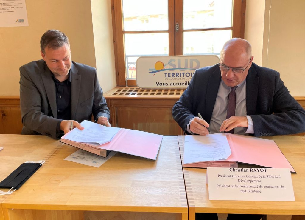 La communauté de communes Sud Territoire signe un accord avec Therm-Eos pour installer à Delle une usine de pompes à chaleur.