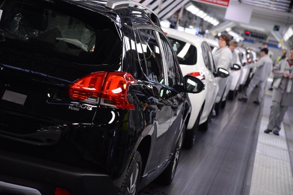 Peugeot 2008 en 2013, usine Mulhouse (GROUPE PSA – direction de la communication)