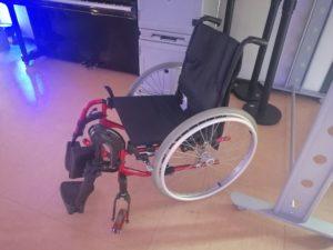 Pendant 2 jours, des étudiants ont planché sur des innovations dans le secteur du handicap, au Crunch Lab. Ici, un fauteuil permettant de franchir les obstacles.