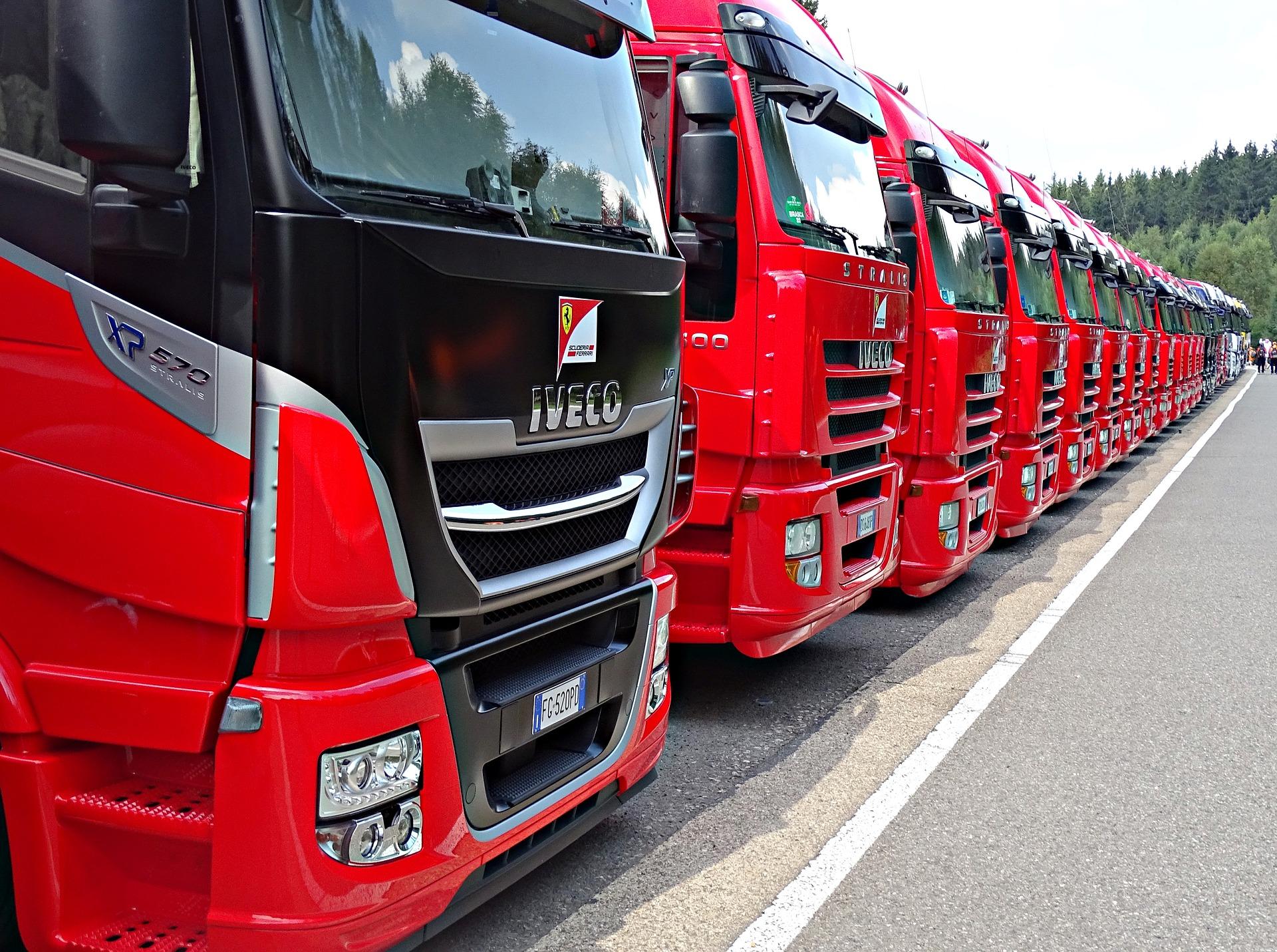 La maire écologiste de Besançon interdit le transit des camions sur certains axes;  Image par GREGOR de Pixabay