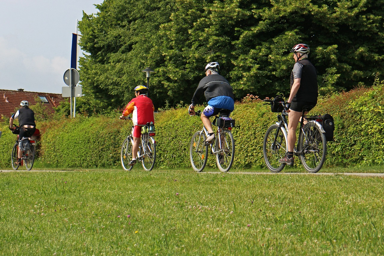 cyclistes vélo (Manfred Antranias Zimmer de Pixabay)