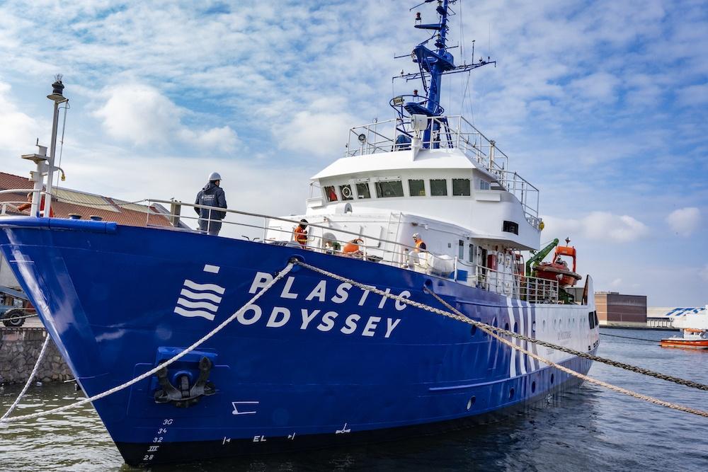 Plastic_Odyssey_mise-a-l-eau-navire_chantier-dunkerque (Plastic Odyssey)