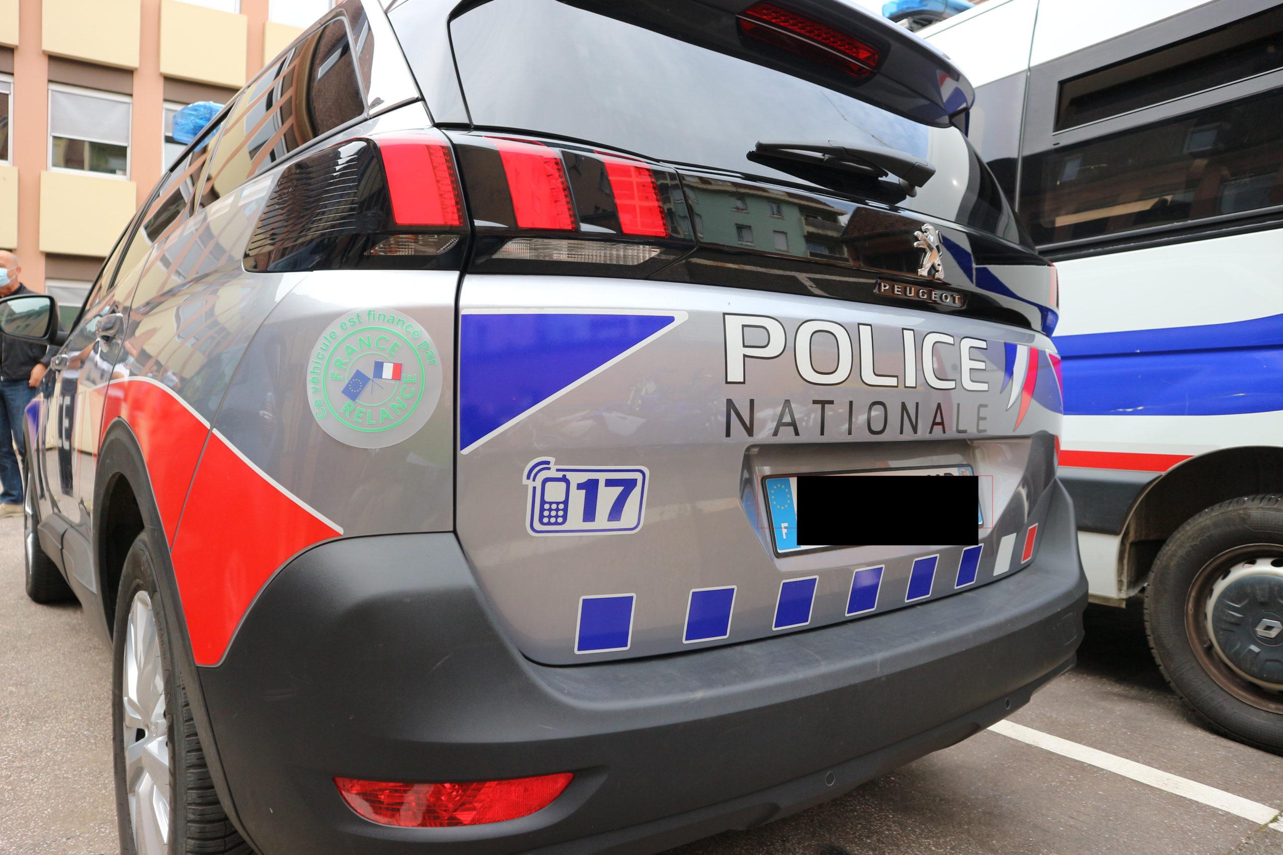 Nouveaux véhicules police gendarmerie _ préfecture