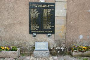 Les 39 hommes d'Étobon ont été exécutés contre le temple de Chenebier, à quelques kilomètres d'Étobon.