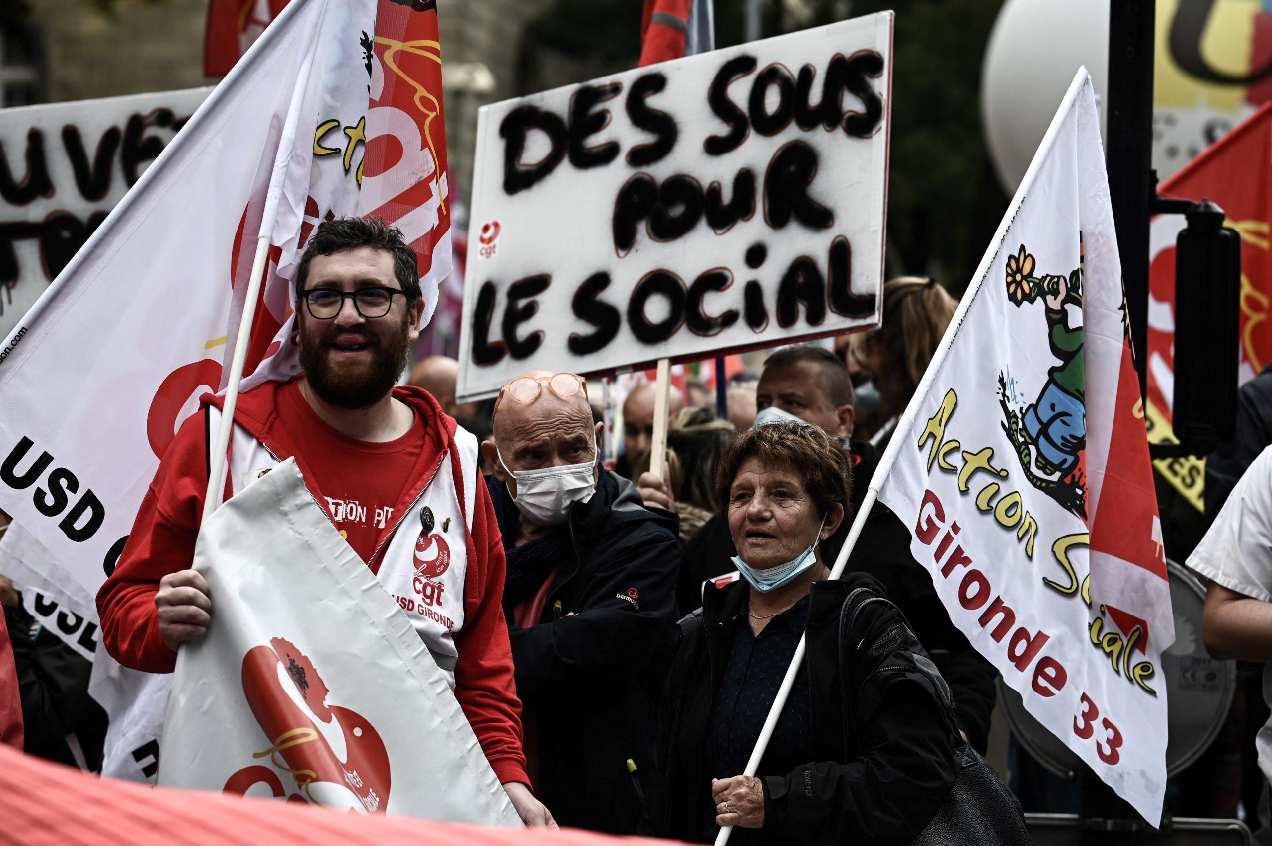 manif bordeaux 5 octobre 2021 (Philippe LOPEZ / AFP)