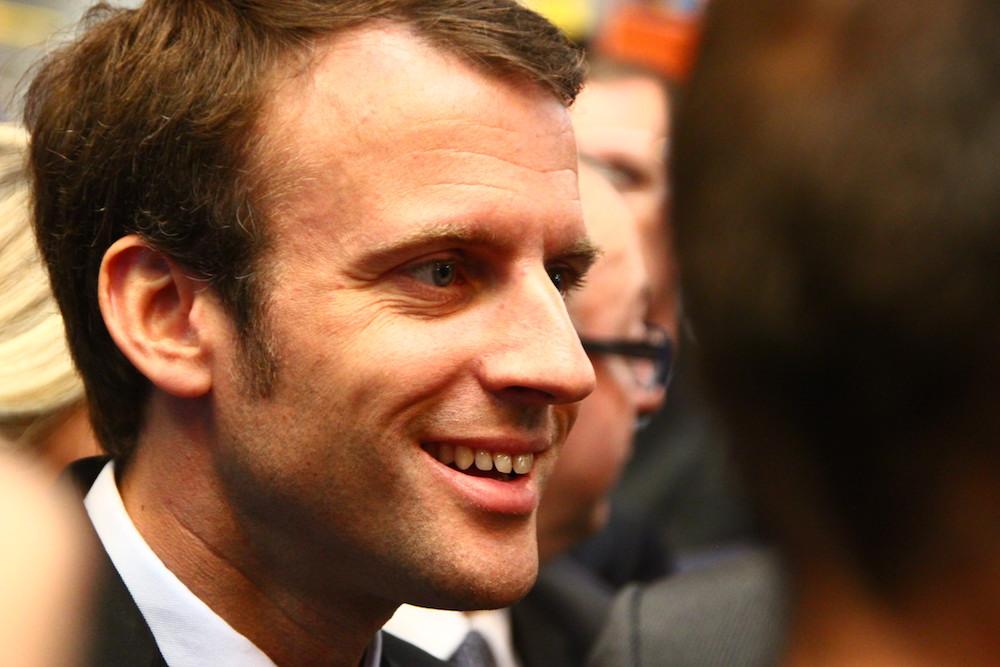 Macron 23 (TQ)