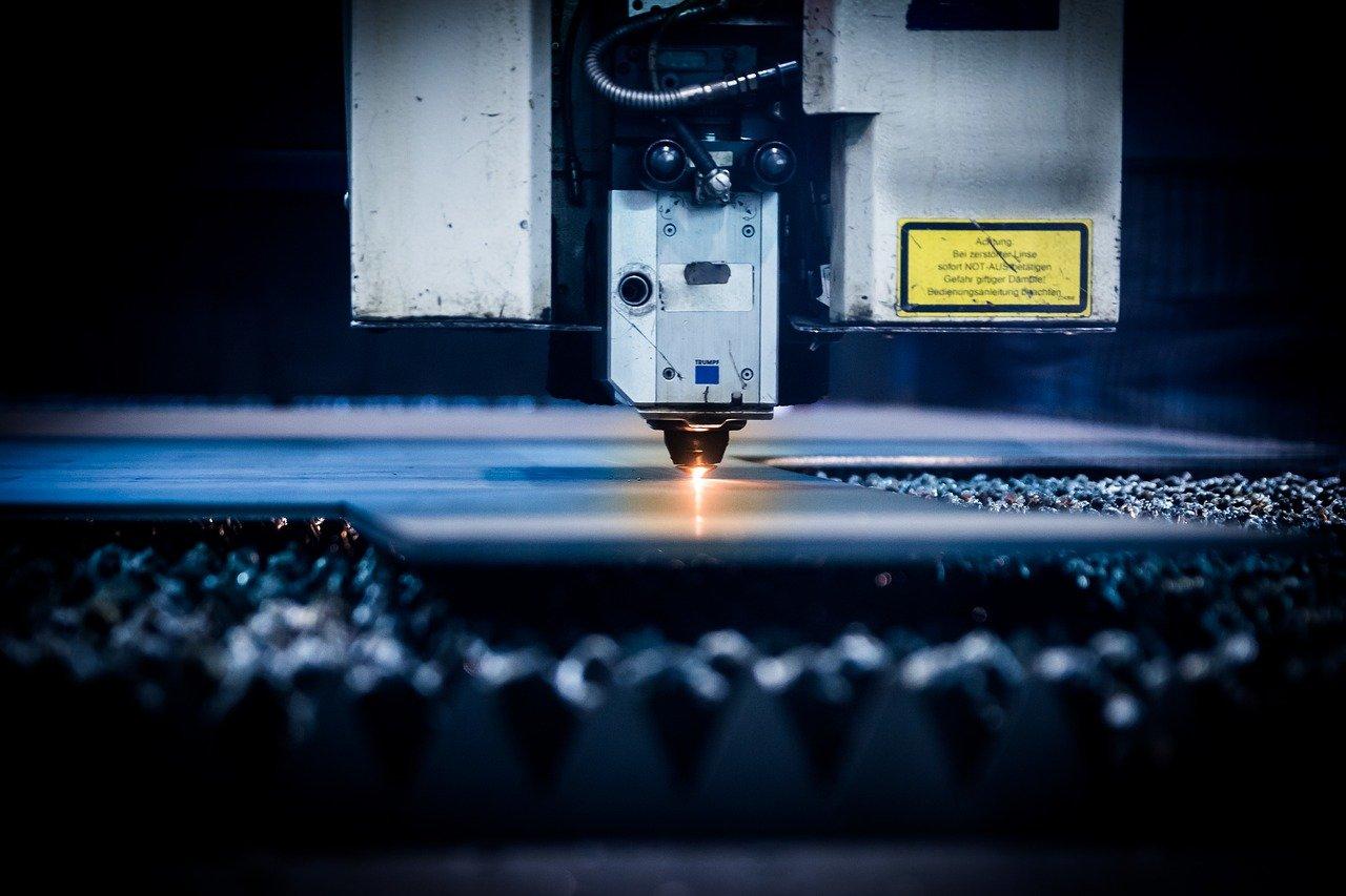 industrie laser (Michal Jarmoluk de Pixabay)